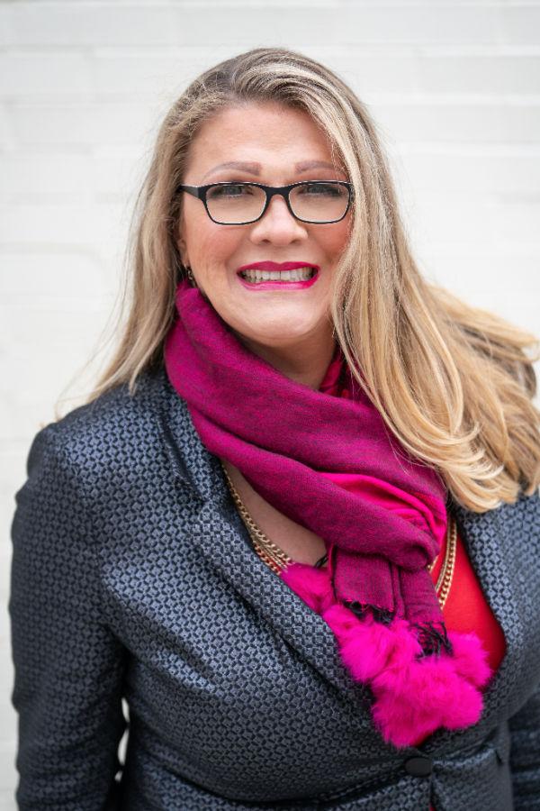 Dr. Stacee Reicherzer